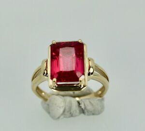 Simple Ruby Ring 14K