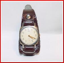 Rare montre ancienne mécanique homme Victoire, bracelet neuf,  1950's #26219