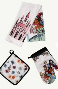 Disney Kitchen Towel Set Oven Mitt Pot Holder Princess Castle NEW