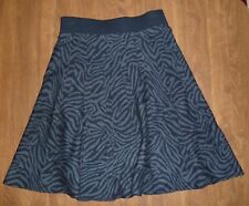 ALFANI - BLACK & GRAY ANIMAL-STRIPE SWEATER-KNIT SWING SKIRT - MISSES XS