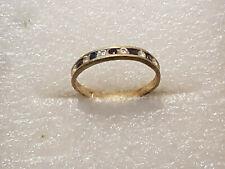 Bague Or jaune 18 carats, 11 petites pierres - gold 750. T 61  p 2 gr