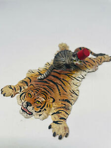 Fritz Bermann Vienna Hand Painted Bronze Cat on Tiger Rug  Extremely Rare