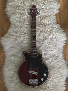Brian May Mini Red Special Travel Guitar Junior Short Scale Electric
