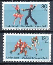 Berlin  698 - 699 postfris motief sport