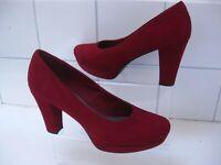 Ladies TAMARIS dark red burgundy SUEDE court SHOES high heel pumps UK 7.5 41