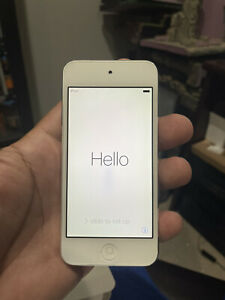 Apple iPod touch 5th Generation White (64 GB)