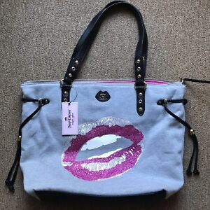 New JUICY COUTURE GRAY WITH PINK & SILVER GLITTER LIPS SPORT TOTE HANDBAG