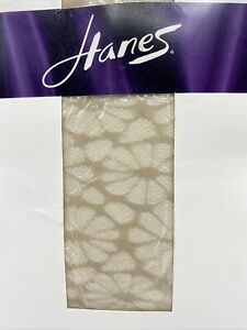 Unopened Hanes Floral Gauze Print Pantyhose Style OA455 Size EF Nude