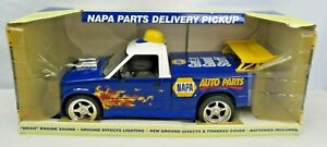 2007 Napa Auto Parts Pick Up Truck TTruck07 Flames Engine Sound In Box