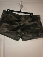 "NEW WT Express Womens Size 12 Camo Shorts 2"" Inseam Cotton Blend"