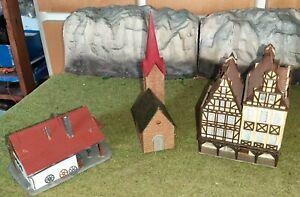 Faller, echelle n, lot ferme, église et immeuble colombage.