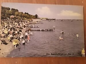 The Beach . Leigh-on-sea.  Old Postcard, Unposted