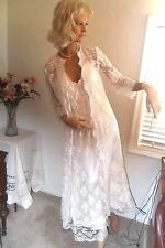WHITE LACE JESSICA McCLINTOCK WEDDING DRESS WITH LACE COAT - SIZE 8