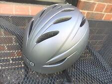 Ski helmet GIRO G10 S153 57-59cm 458gm - little use
