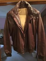 Women's Leather Short Jacket  Size 6   Very Good Condition