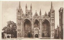 Cambridgeshire Postcard - Peterborough Cathedral - The West Front    ZZ762