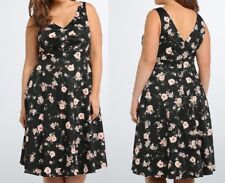 NWT Torrid 18 2x Dress Floral Pleated Front Swing Double V Black Rockabilly Plus