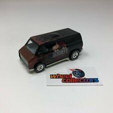 Super Van Hershey's w/ Rubber Tires * Hot Wheels Diorama LOOSE 1:64 * F230