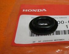 2x  Gummi Verkleidung Seitendeckel Gummitülle Honda cbr 125 XBR 500 CB CBF 600