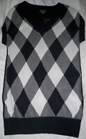 The Limited Women's Soft Argyle Black & White Sweater Vest M Sleeveless NEW NWT
