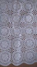 2 Untersetzer weiß glänzend rechteckig Polyester Blumenmuster Küche Esszimmer