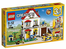 LEGO Creator Modular Family Villa 31069 New 728 Pcs Light Brick Included in Set