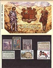 ANDORRE Carnet triptyque ,7  timbres neufs,carte postale, embleme SP3