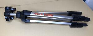 Tripod SLIK U5000 Telescoping w/Locking Clips 48.5 Inches @ Full Length