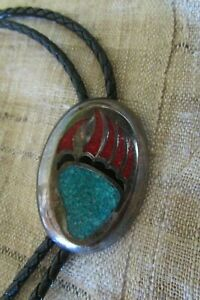 VINTAGE G&S NATIVE AMERICAN RHODIUM PLATED PAW TURQUOISE CORAL BLACK BOLO