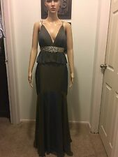 Tony bowls Size 4 purple Prom/ Evening/Gown