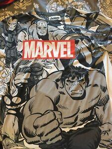 Marvel Avengers T Shirt (xl)