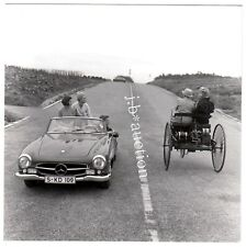 MERCEDES 190 SL & BENZ MOTORWAGEN auf der Landstraße * Vintage 70s SEUFERT Photo
