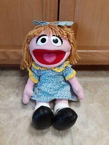 """Sesame Place Prairie Dawn 17"""" Stuffed Plush Doll 2012"""
