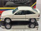 Gama Vauxhall Astra Mk3 Gsi White