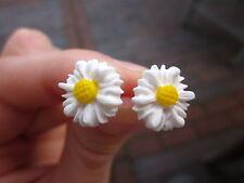 Handgemachte Ohrringe Ohrstecker Margeriten Fimo silber rockabilly Süße Blumen