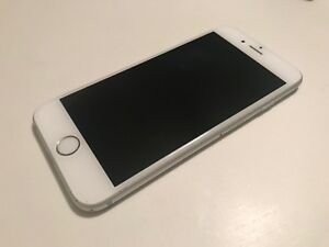 Apple iPhone 6s - 64GB - Silver (Sprint) Smartphone Great Condition Bundle