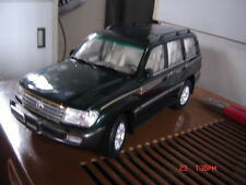 Toyota Land Cruiser LC100 2006 1/18 model car