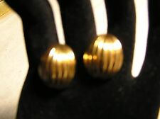 Vintage Gold Plated Shell Shaped Pierced Earring