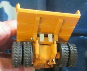 Diapet BOXED Komatsu Dump Truck HD320-2 T-56 New