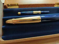 Rare MINT Waterman Edson Set -Fountain Pen + Wood Desk  pen display stand