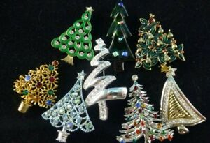 Vintage Jewelry Lot 8 Rhinestone Christmas Tree Pins Brooch MONET