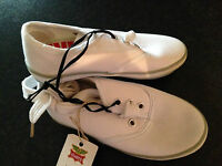 BNWT Little Boys Sz 7 Rivers Doghouse White Canvas Look Casual Jogger Shoes