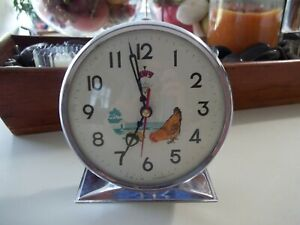 1960's Pecking Chicken Wind Up Alarm Clock by Diamond Animated Tested Blue: FAB!