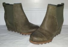 Sorel LEA WEDGE 9 Waterproof Peatmoss Green Original Style Ankle DISCONTINUED