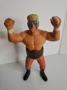 """RARE 1990 GALOOB STING """"THE STINGER"""" 4.5 WCW  FIGURE RED TRUNKS AND BELT"""