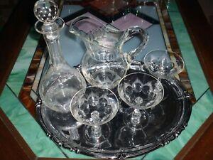 """Bottiglia, caraffa in vetro e tre coppe vintage anni 50"""" più vassoio"""