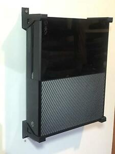 Set of Four Corner Wall Brackets For Xbox One Console In Black