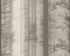 Gemusterte Tapeten mit Wald-Rollen