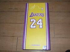 kobe bryant - enterbay - scale 1/6 - NBA collection +  cuadro de regalo