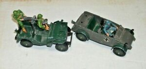 2 VINTAGE BRITAINS, ENGLAND METAL JEEPS with SOLDIERS, MILITARY